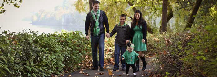 family of 4 walking that needs an in home nanny